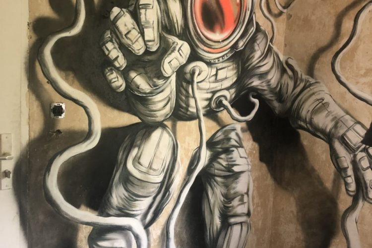 Graffiti workshops in Berlin - the astronaut