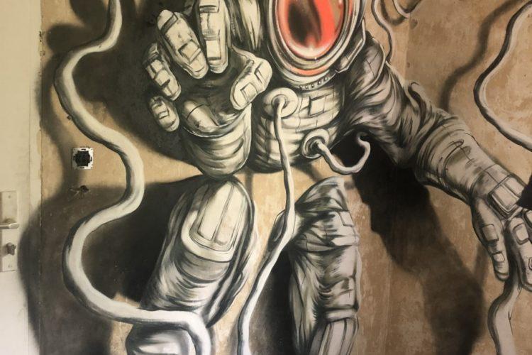 Graffiti workshops in Berlin - the astronaut