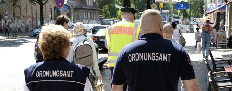 Berlin Ordnungsamt officers