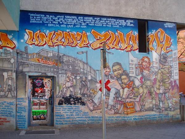 Street art tour in Berlin